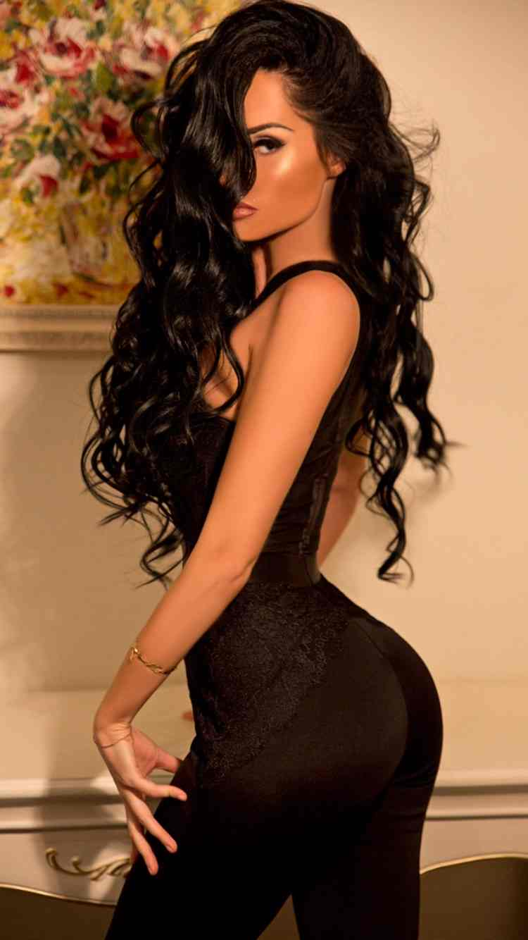 Outcall EscortsOutcall Escorts name
